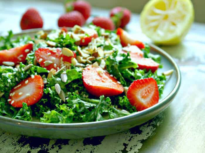 kale stawberry tahini