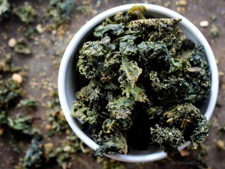 vegan seedy kale chips