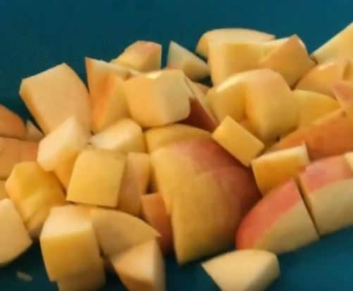 apples in managable pieces