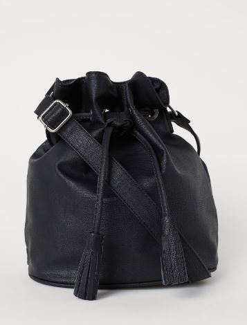 BLACK FAUX LEATHER SHOULDER BAG FROM H&M