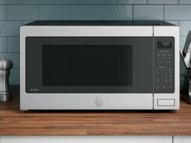 GE PROFILE 24 2.2 CU. FT. COUNTERTOP MICROWAVE
