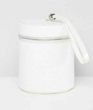 WHITE FAUX CROC BUCKET BAG BY MISSGUIDED