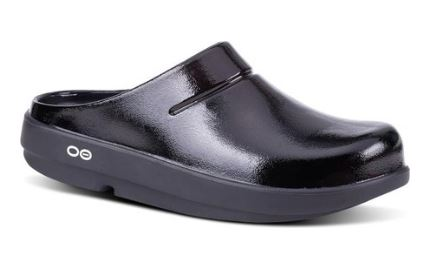 MENS OOCLOOG CLOGS FROM OOFOS