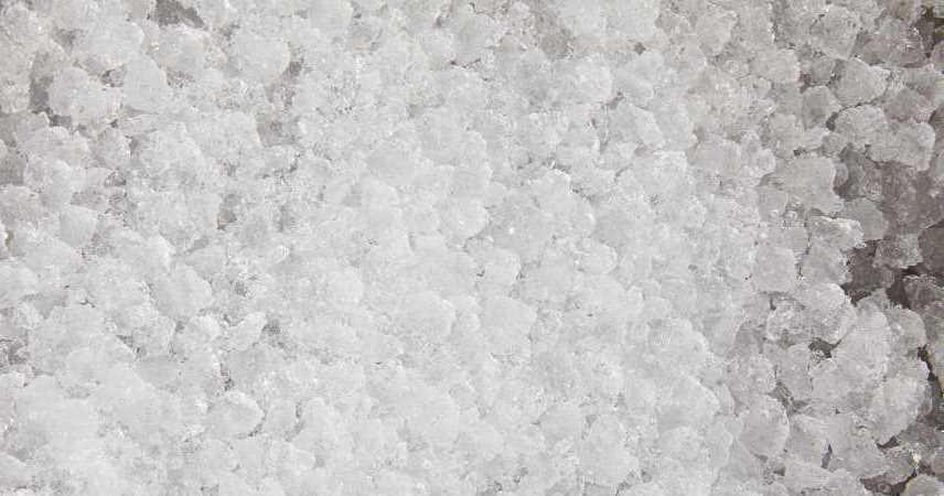 large amount of crushed ice