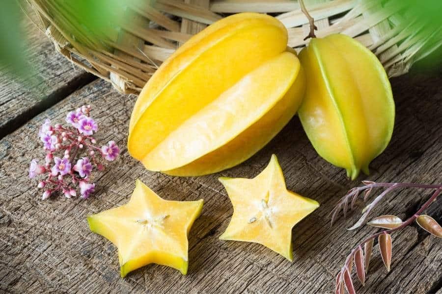 Starfruit sliced