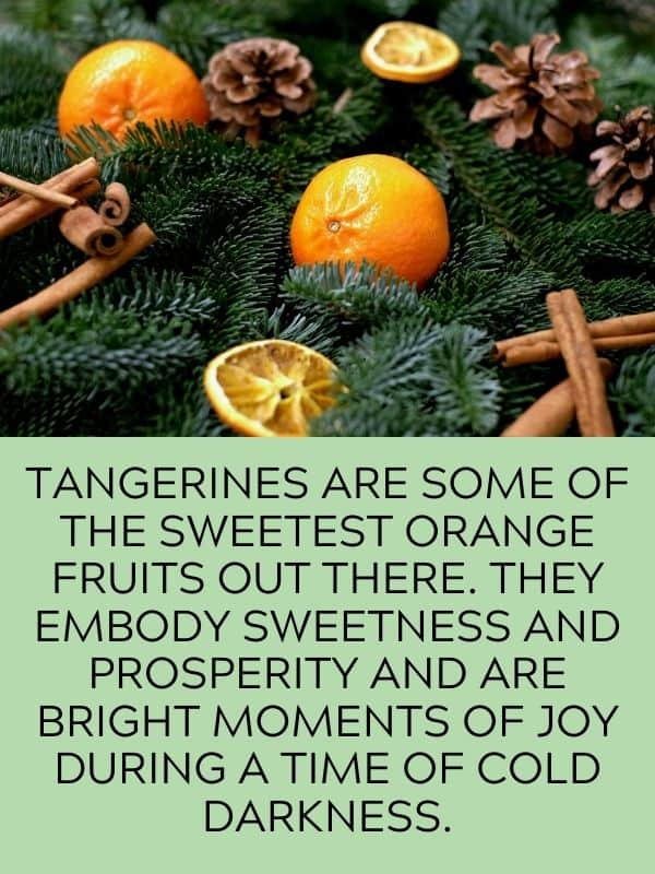 tangerines with Christmas decor